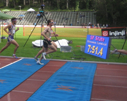 Men 10000 Section 2, San Francisco State Distance Carnival (2014). Using IPICO chip timing to count laps and provide splits times.
